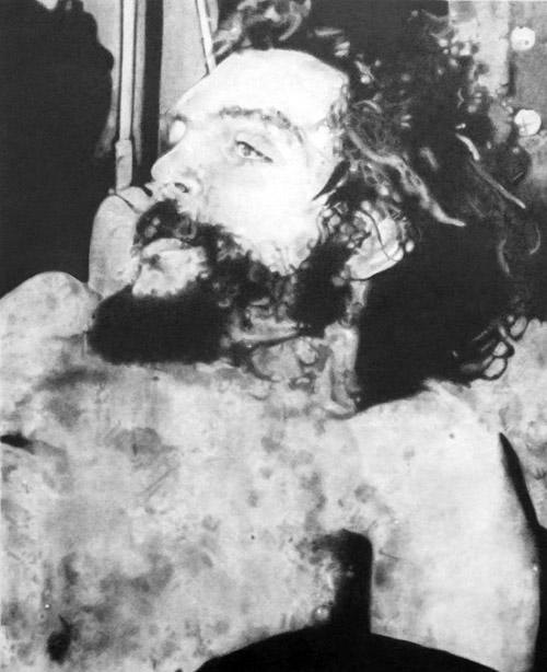 Che, graphite on paper