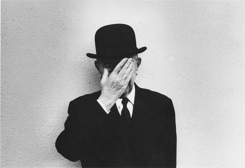 Magritte_Duane_Michals