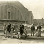 What makes Cincinnati Union Terminal an architectural icon?