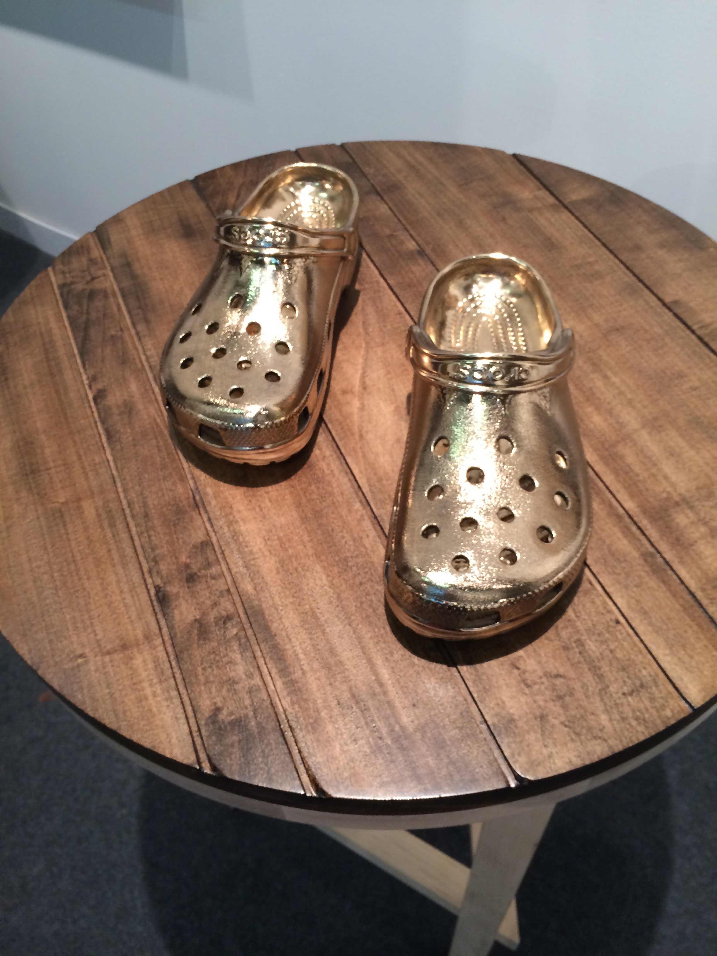 5.GoldenCrocs.Armory