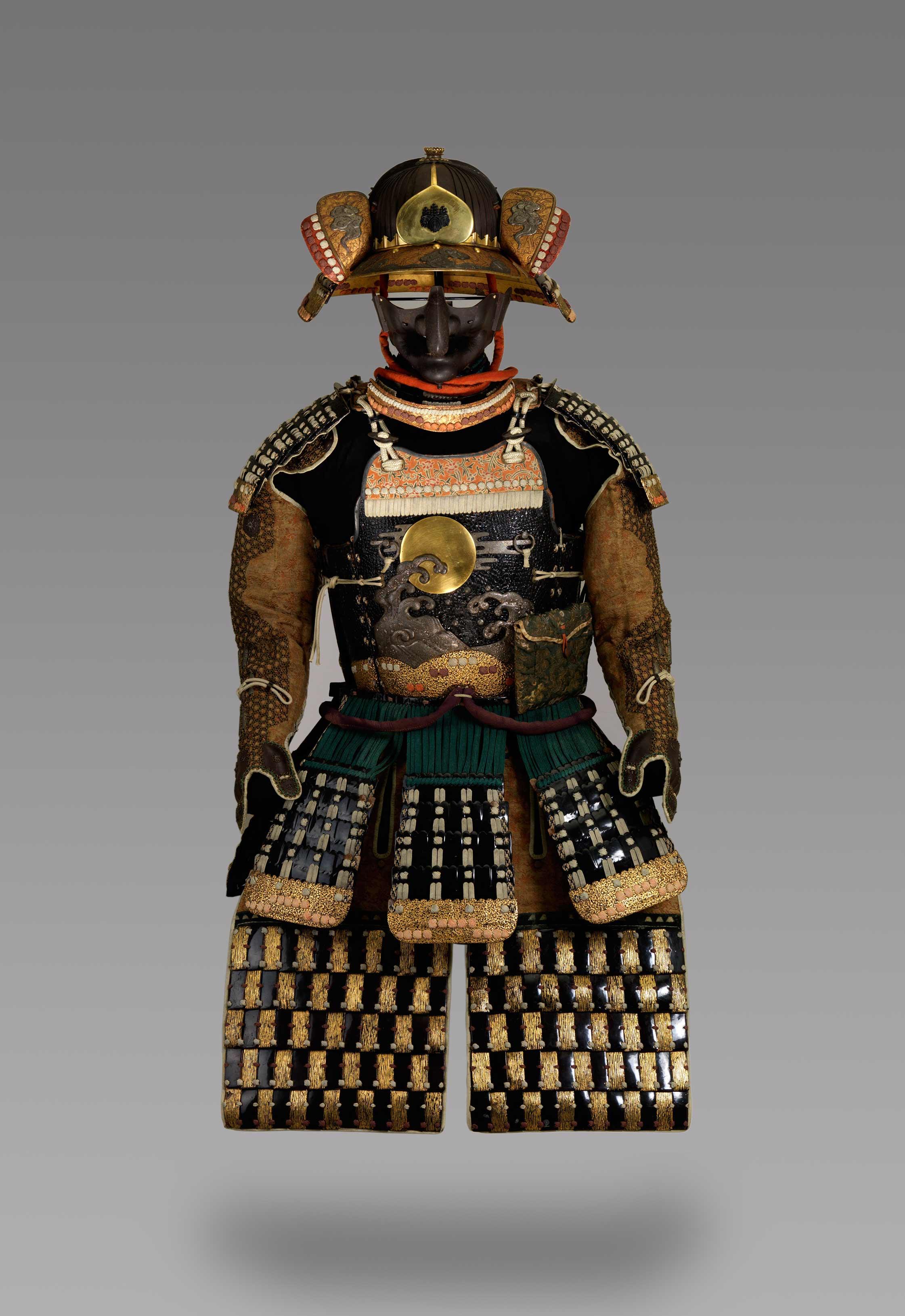 x2012.1---Suit-of-Armor
