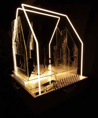 1Brown-People,-Glass-House,-neon-tubing,-courtesy-of-the--artist