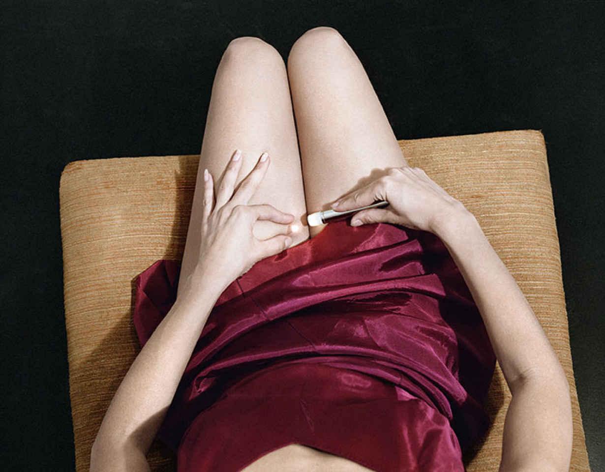 8 callis-woman-in-crimson-slip-1978-from-jo-ann-callis-other-rooms-aperture-2014-jo-ann-callis-courtesy-rose-gallery