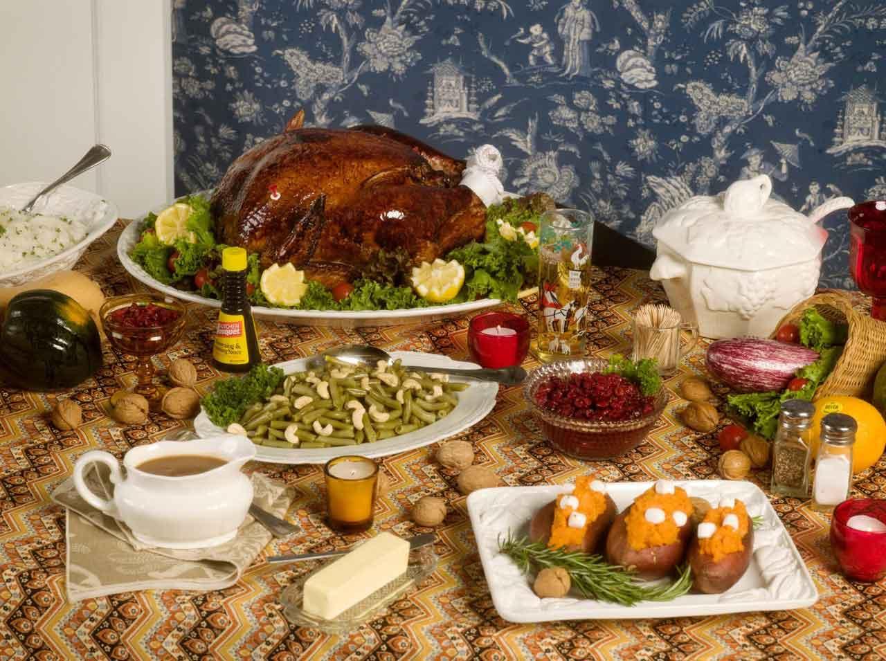 1-RoeEthridge-Thanksgiving1984(table)-2009