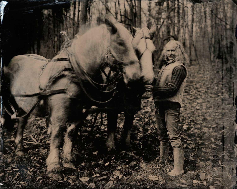 1-Sara-&-Horses