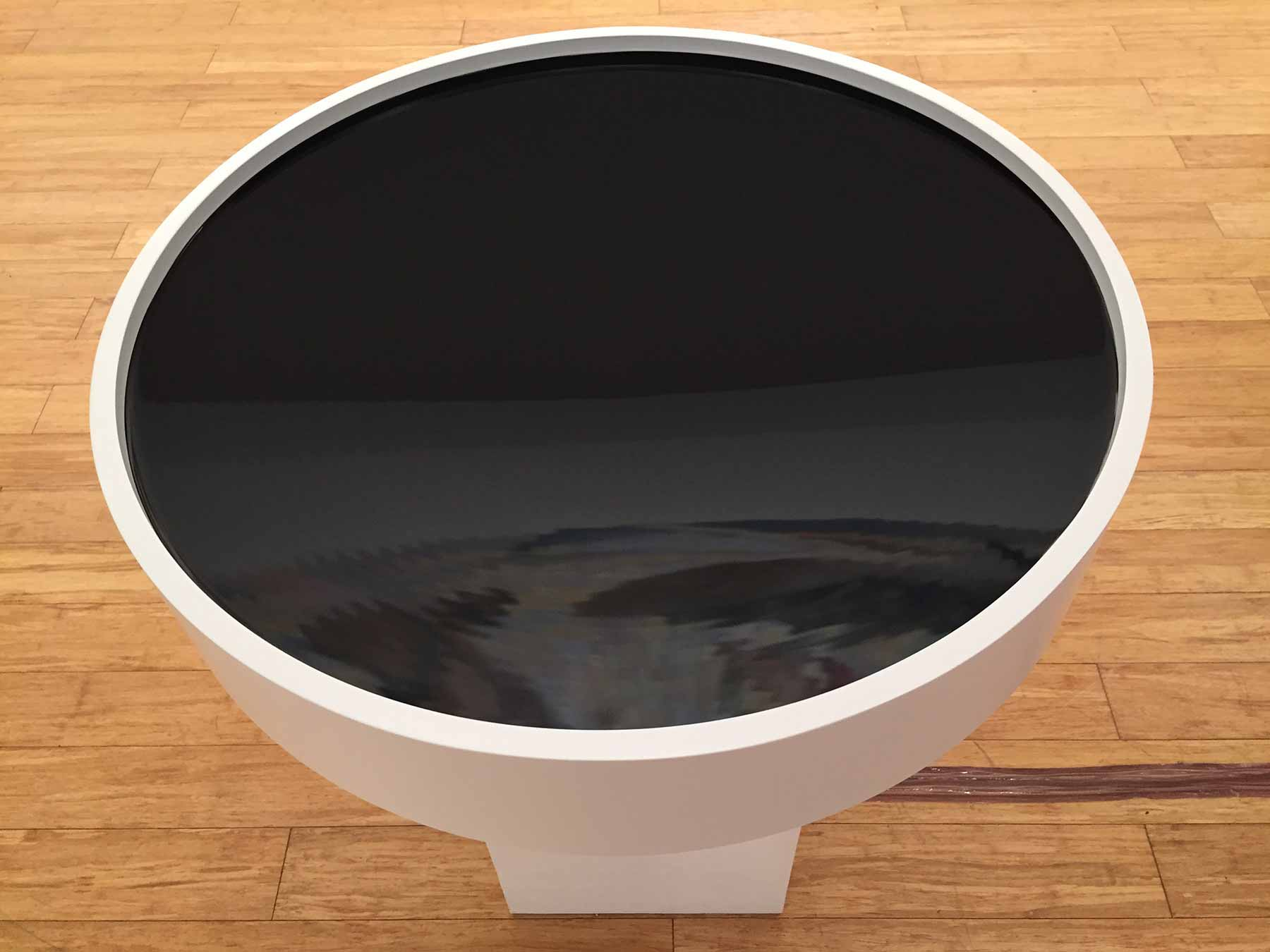 Newton's-Bucket-top