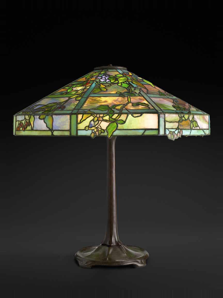 7)-TIFFANY-Table-Lamp-Oct