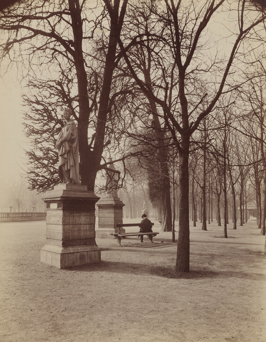 8)ATGET-Luxembourg Gardens-Marguerite de Provence_2001-62-145 PMA