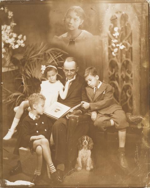 5 Vanderzee-FamilyAlbum-Memories-1938
